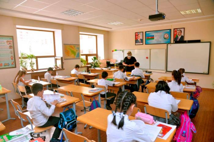 Koronavirusa yoluxan şagird və təhsil işçilərinin sayı açıqlandı