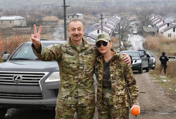 الرئيس والسيدة الأولى يقومان بزيارة شوشا -  فيديو