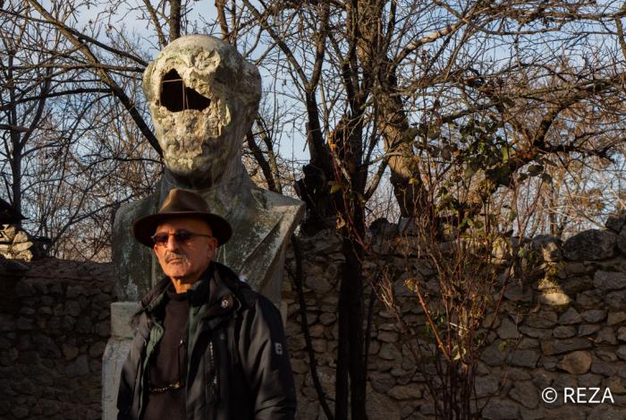Reza Deqati Bülbülün Şuşadakı evindən fotolar paylaşdı