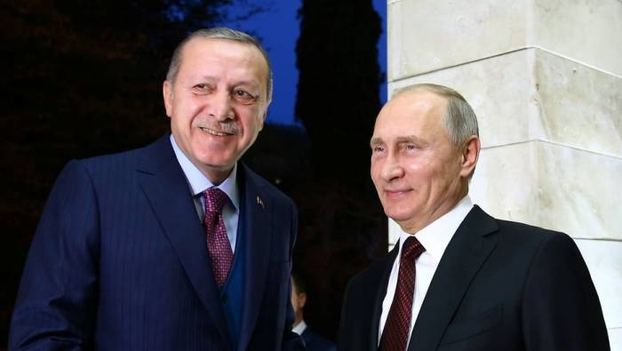 Russian and Turkish presidents hold phone call