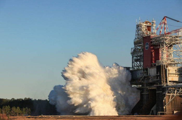 NASA moon rocket cuts short ground test