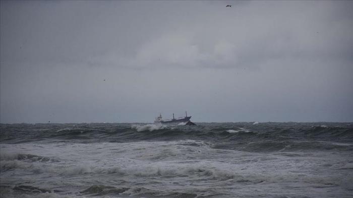 Russian-flagged ship sinks off Turkey