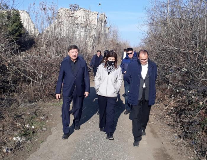Une délégationde Turksoy et du Conseil turc effectue une visite à Fuzouli -   PHOTO