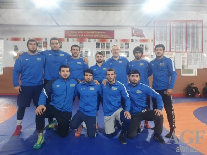 Azerbaijani Greco-Roman wrestlers bring home eight medals from France