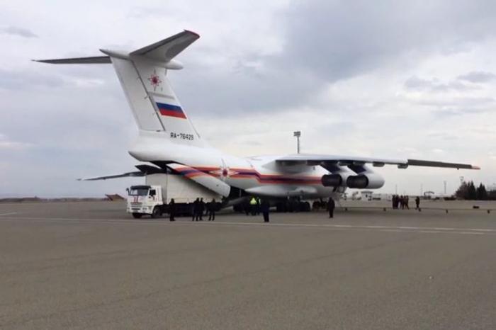 Un groupe et un équipement supplémentaires amenés de Russie en Azerbaïdjan pour le déminage