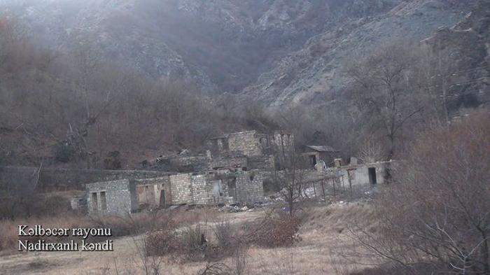 Le ministère de la Défense diffuse une   vidéo   du village deNadirkhanly de la région de Kelbedjer