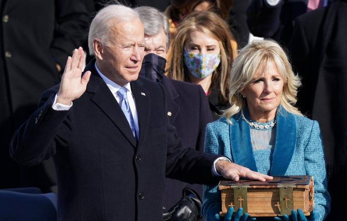 Joe Biden jura como el 46.º presidente de EE.UU.