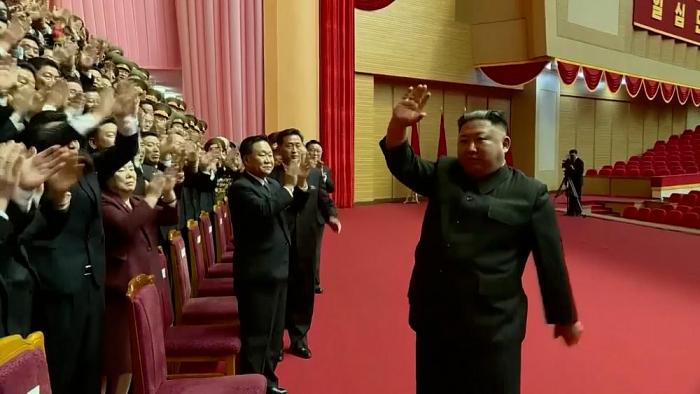 North Korean leader greets senior officials after congress -  NO COMMENT