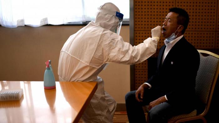 La Chinea lancé vendredi un dépistage massif de ses habitants après quelques cas de coronavirus