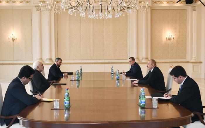 Präsident Ilham Aliyev empfängt iranischen Außenminister