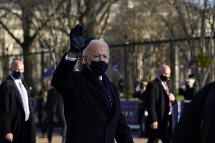 Biden pidió el uso de mascarilla durante los primeros 100 días de gobierno