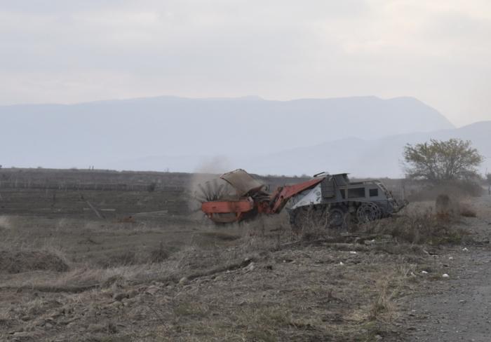 Se están importando nuevas máquinas limpiadoras de minas a Azerbaiyán