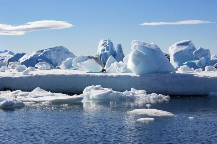 Global ice sheets melting at