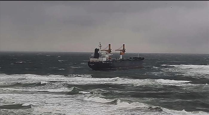Rusiyaya gedən gəmi İstanbulda saya oturdu