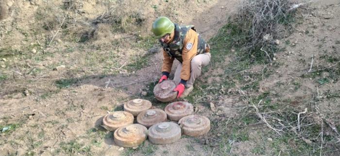 Se descubren minas enterradas por armenios en nuestros territorios