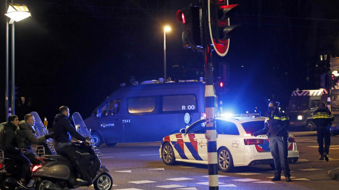 Riots over COVID curfew hit for a third successive night in Netherlands -   NO COMMENT