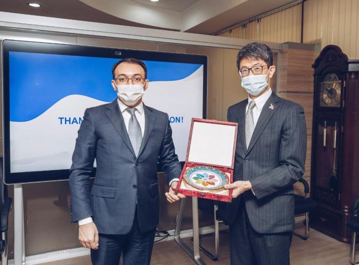 El embajador de Japón, en el servicio ASAN -  FOTOS