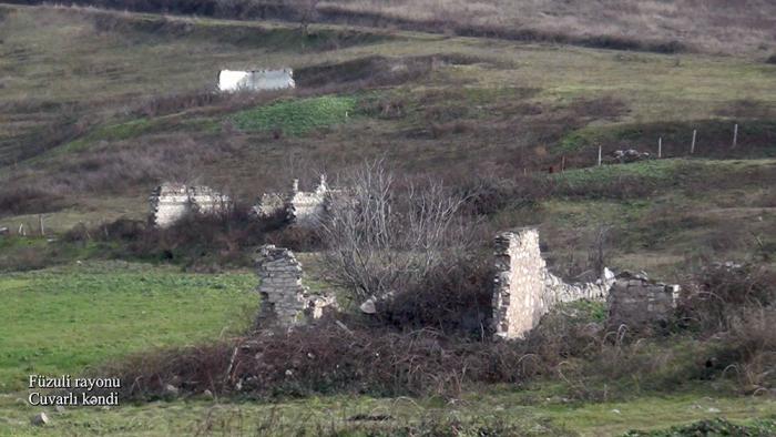 Ermənilərin dağıtdığı daha bir kəndin görüntüləri -