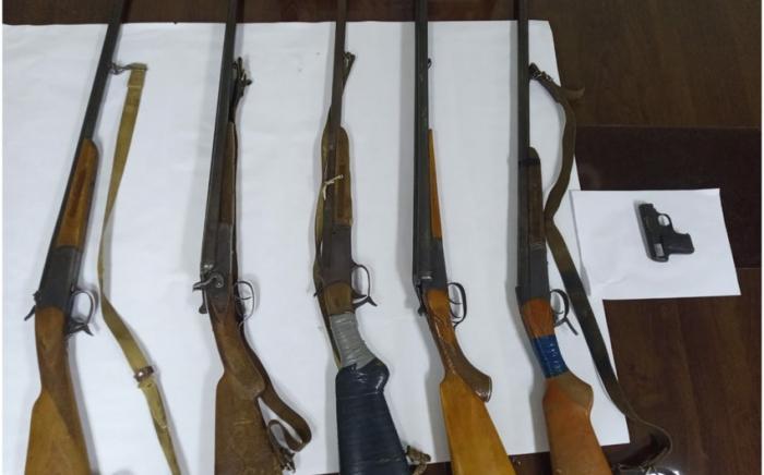 Şəmkir sakinlərindən beş silah götürüldü