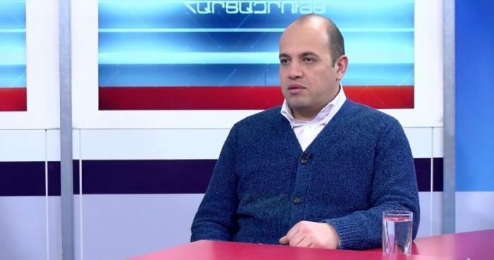"""""""Orduda kim nə istəyirdisə, onu da edirdi"""" -   Erməni politoloq"""