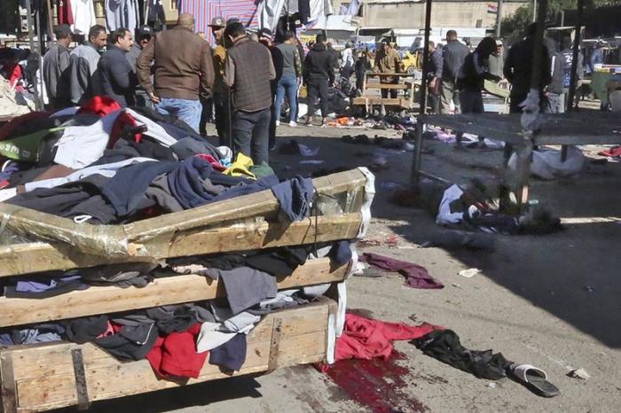 أسفر انفجار قنبلة بالقرب من مدينة الموصل الشمالية عن مقتل 28 عراقيا على الأقل