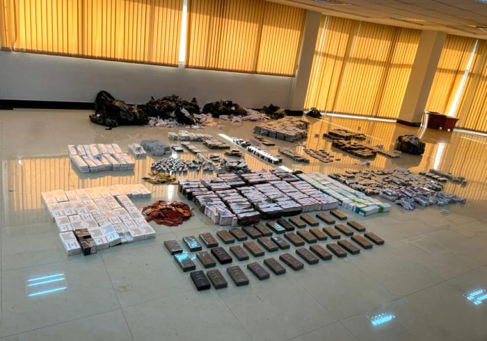 Gömrükdə dərman preparatları və mobil telefonlar aşkarlandı -    VİDEO