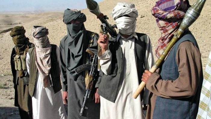 """""""Taliban"""" hərbçilərə hücum etdi:   Ölən və yaralılar var"""