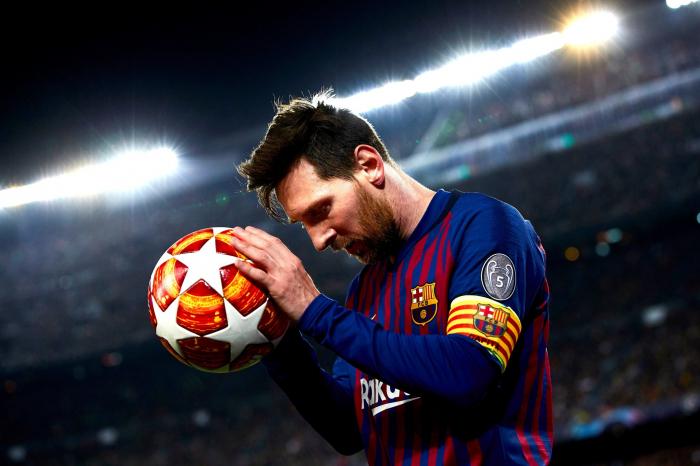 Messi iki oyunluq cəzalandırıldı