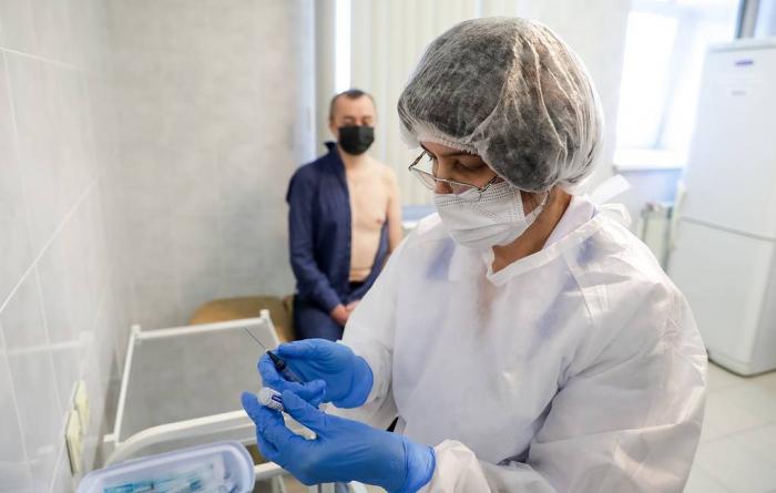 Rusiyada koronavirusa qarşı kütləvi vaksinasiya başlayır