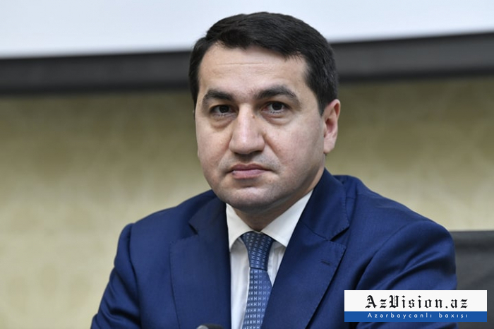 """""""نحن نطالب بالعدالة لضحايا الإبادة الجماعية الأبرياء"""" -   حكمت حاجييف"""