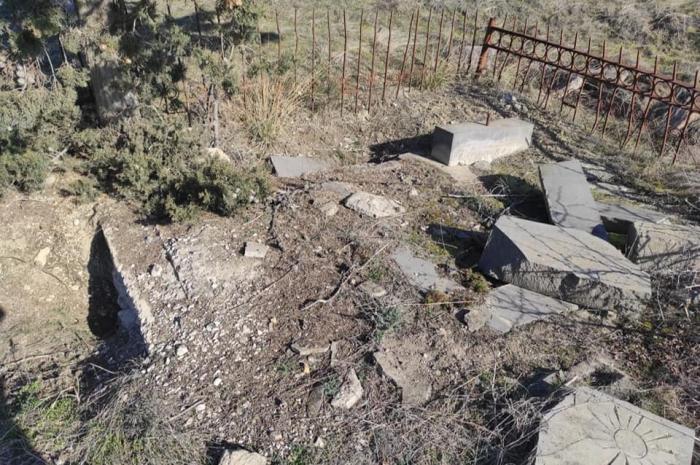 Le village de Sarally Khachtab soumis au vandalisme arménien -  PHOTOS