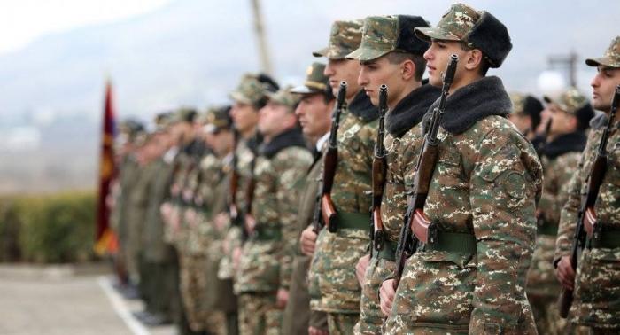 Ermənistan ordusunda rüşvətxorluq baş alıb gedir