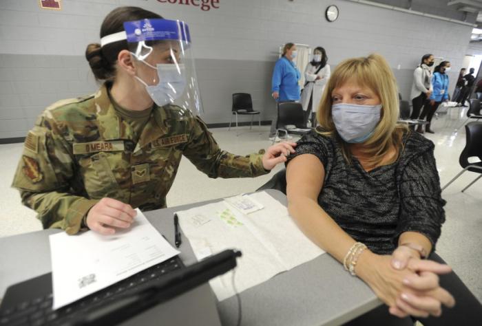 Pentagon to deploy 1,100 troops to help coronavirus vaccination efforts