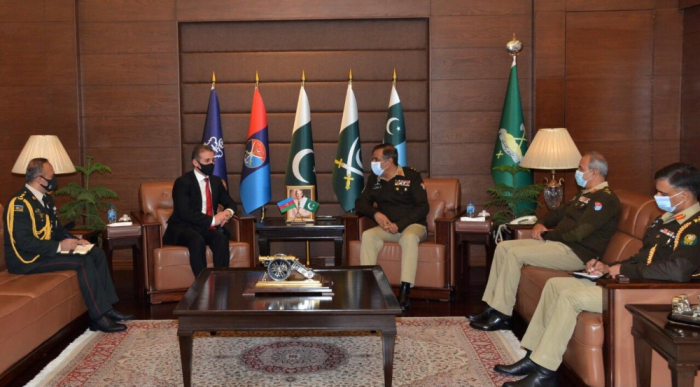 Azerbaijan, Pakistan exchange views over cooperation in defense, security and military fields
