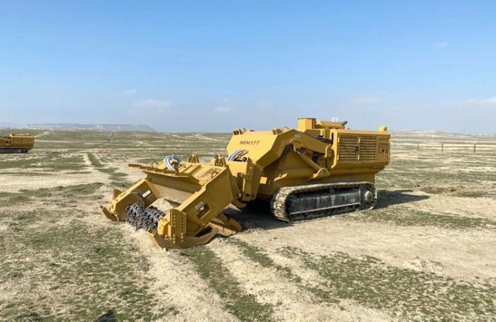 Media representatives get acquainted with modern engineering machinery, equipment – Azerbaijani MoD