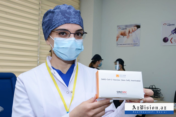 Azerbaijan launches COVID-19 vaccination of state employees