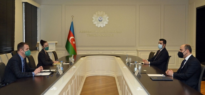 Azerbaijan, Lithuania discuss prospects for cooperation in education field