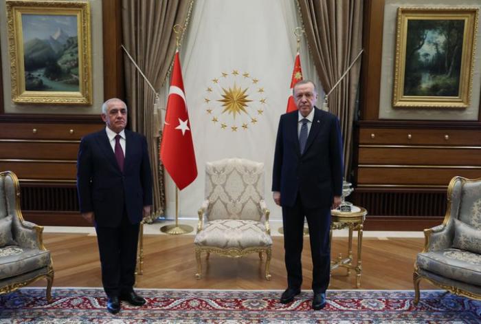Turkish president receives Azerbaijani prime minister