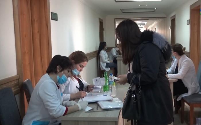 Naxçıvanda 3500 tibb işçisi vaksinasiya edilib