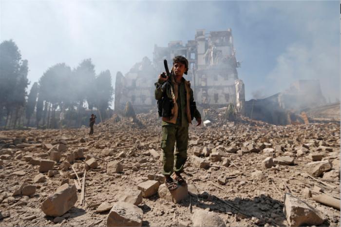 Yémen: des responsables militaires ont accusé les rebelles Houthis d