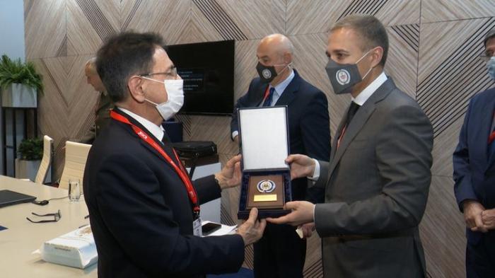 Mədət Quliyev Serbiyanın müdafiə naziri ilə görüşdü