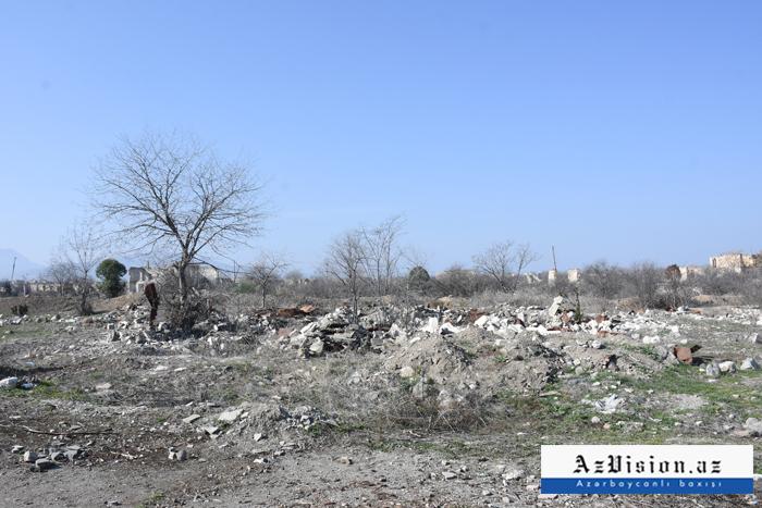 """Aghdams berühmtes  """"Teehaus""""  von armenischen Vandalen zerstört -  FOTO"""