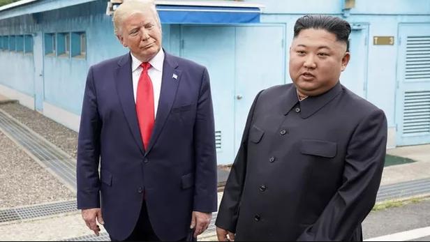 US: Trumpaurait proposé au dirigeant nord-coréen Kim Jong-unun vol retour sur Air Force One»