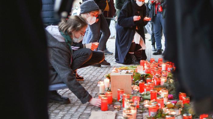 Unbekannte zerstören Gedenkstätte für Opfer von Hanau