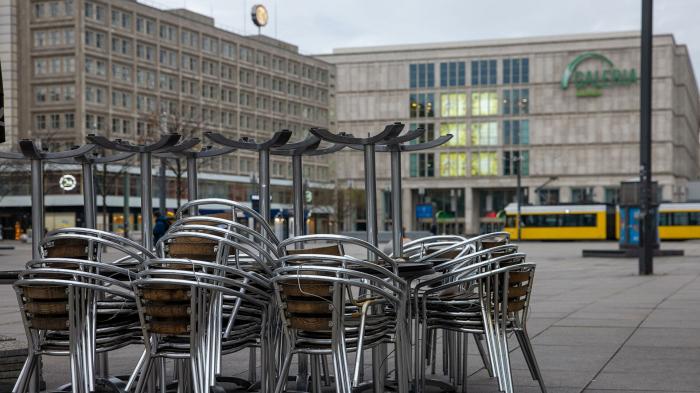 Die meisten Deutsche glauben an Lockerungen durch Covid-Schnelltests