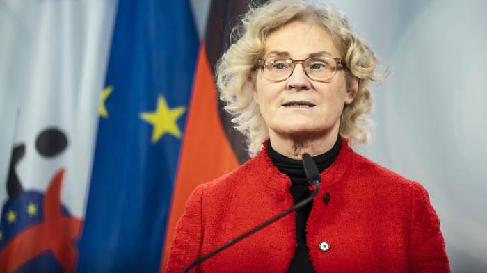 Lambrecht fordert mehr Rechte für Geimpfte