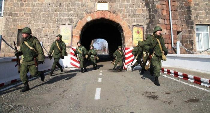 Rusia traslada su base militar en Armenia