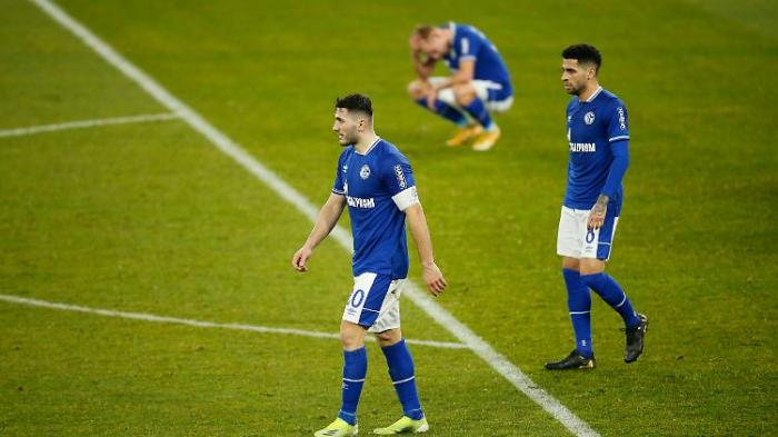 Schalke wird auch aus der Ferne verhöhnt