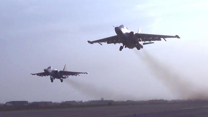 Une  vidéo  de frappes aériennes assénées contre l
