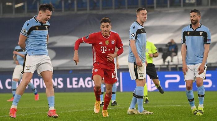 FC Bayern mit anderthalb Beinen im Viertelfinale